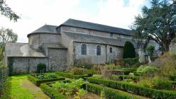 Abbatiale saint philbert de grand lieu 4