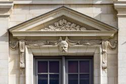 Fronton palais du parlement de bretagne rennes france
