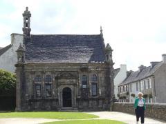 La chapelle fune raire eglise guimiliau