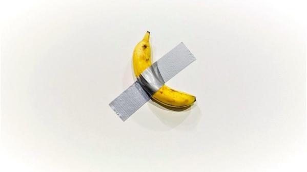 Maurizio cattelan banana