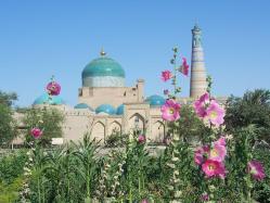 Medersa et minaret de l imam hoja cc