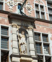 Statue grand arsenal