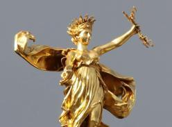 Rennes palais du parlement de bretagne statue la justice