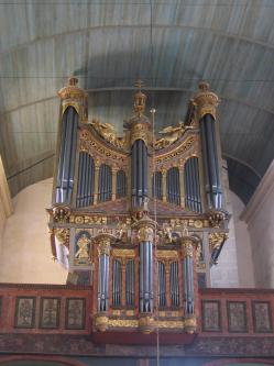 Saint the gonnec eglise de tail inte rieur l orgue