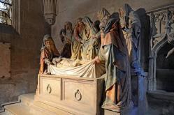Semur en auxois mise au tombeau de la chapelle saint lazare colle giale