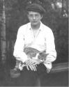 Shostakovich et son chat en 1923