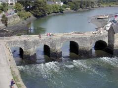 St goustan le pont